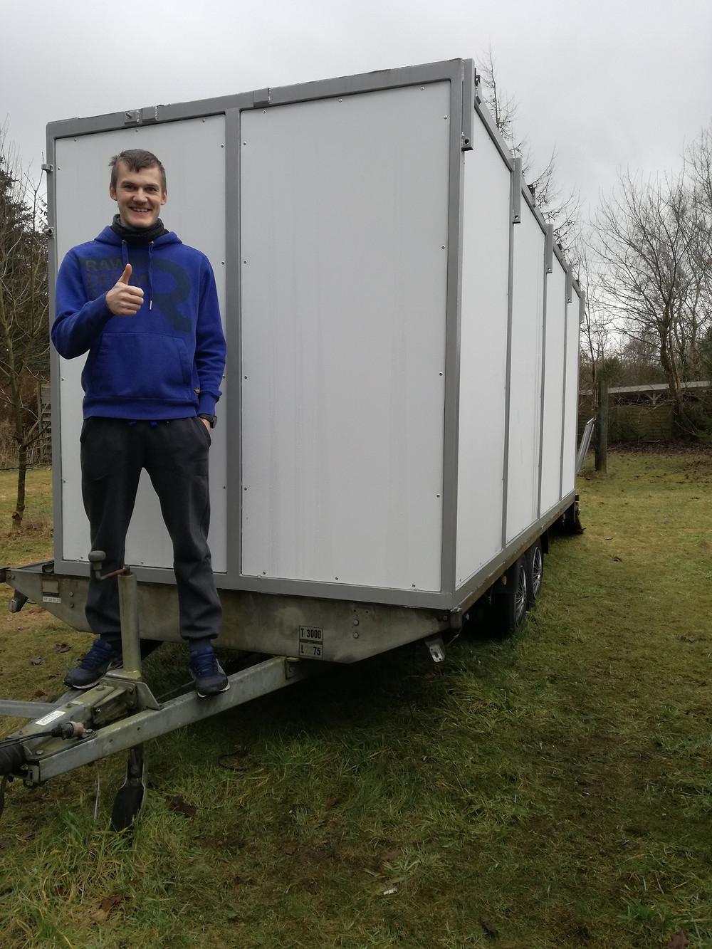 Den store trailer under opbygning