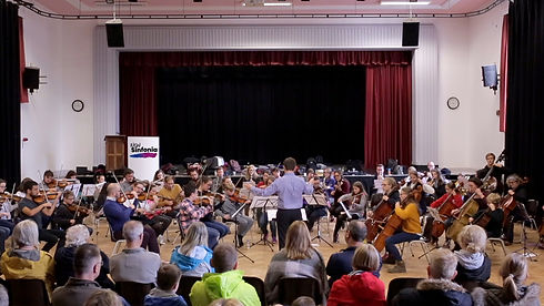 The New Sinfonia Orchestra and choir performing