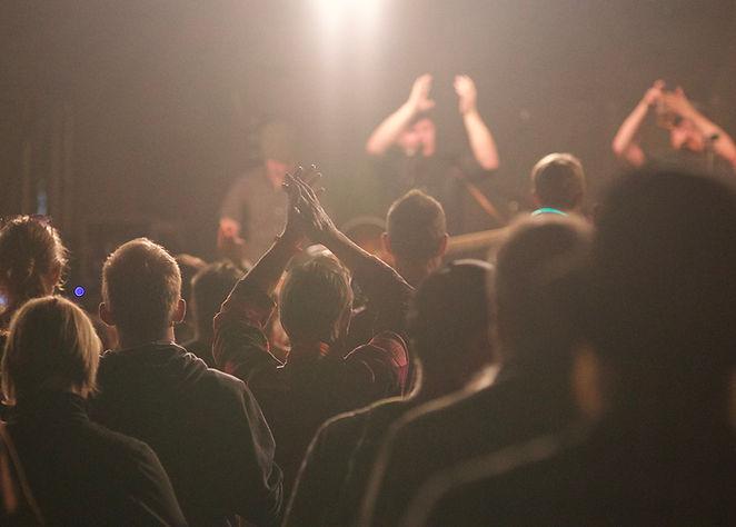 spotlight clap.jpg