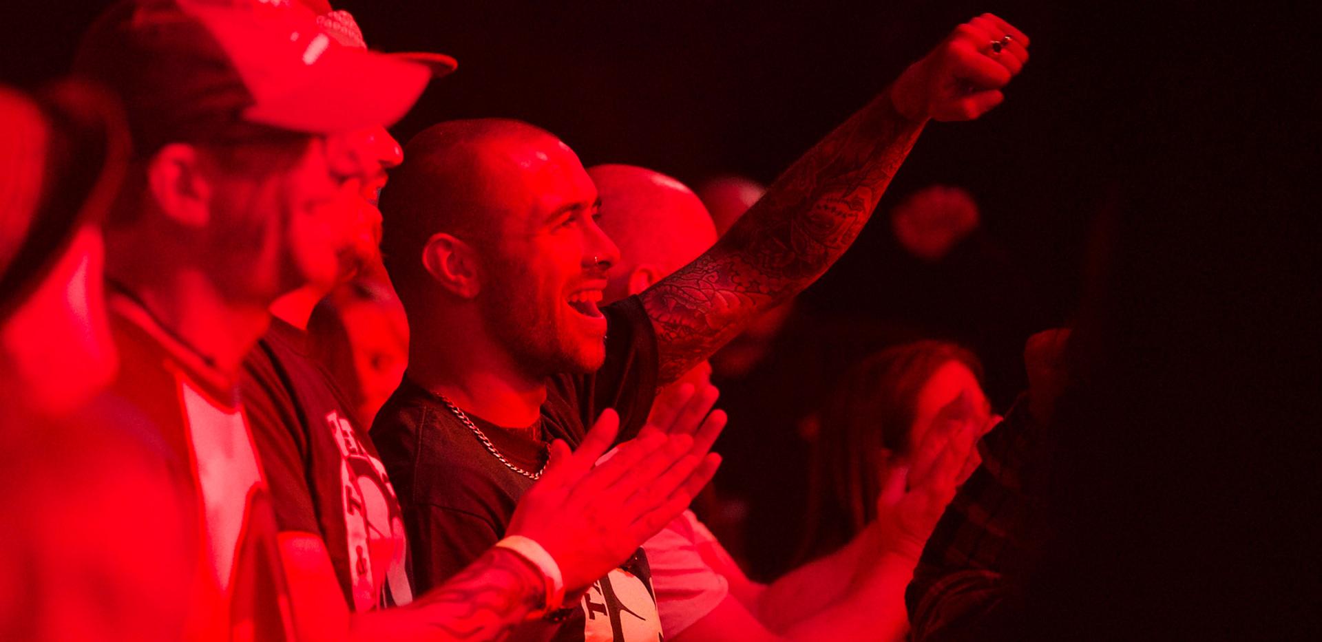 crowd cheer2.jpg