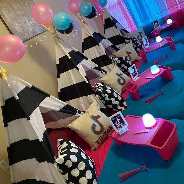 TikTok TeePee Party