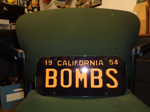 1954 BOMBS LICENSE PLATE PLAQUE