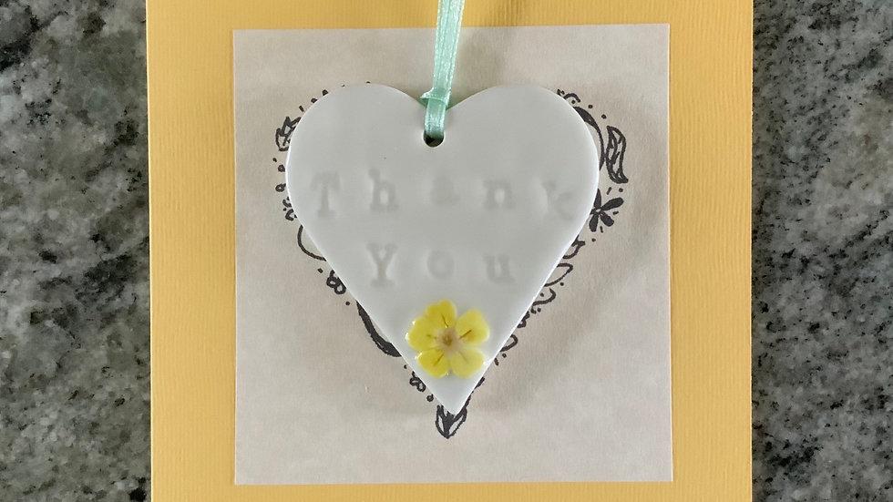 Card with keepsake porcelain heart - primrose design
