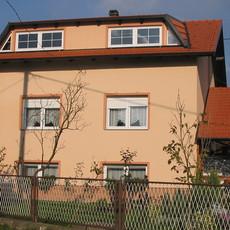 Obiteljska kuća