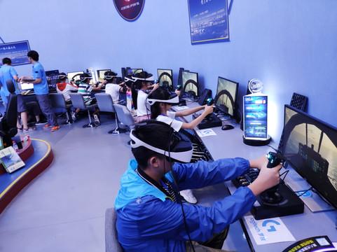 DPVR VR Entertainement simulator (1).jpg