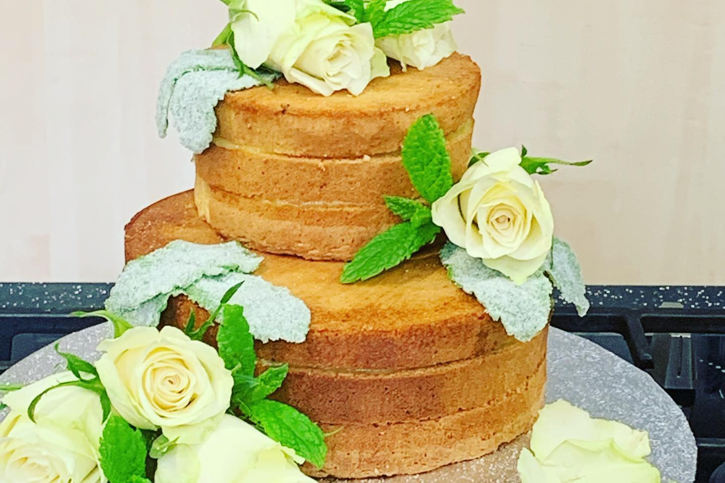 Naked Cake with Mojito Curd.jpg