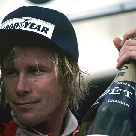 #1 1976: James Hunt vince il campionato nell'ultima gara, Niki Lauda sopravvive al rogo