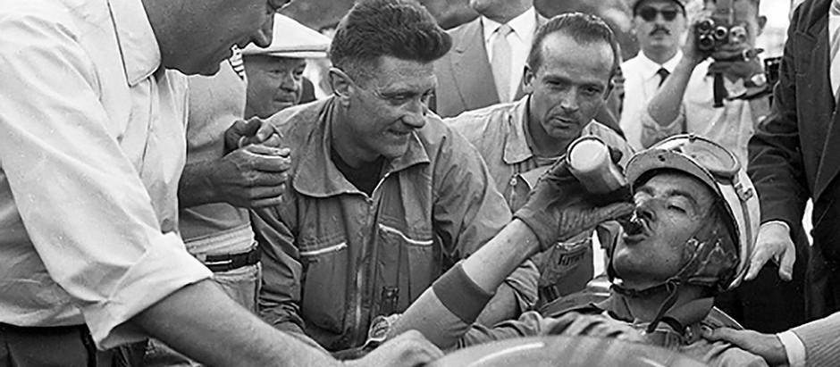 #43 GP di Monaco e d'Europa 1955, Mercedes out, Ascari vola in mare, vince Trintignant su Ferrari