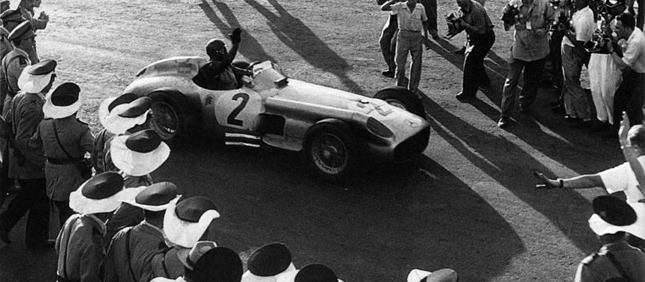 #42 GP Argentina 1955, Fangio domina il caldo e vince, Farina è secondo con una Ferrari competitiva