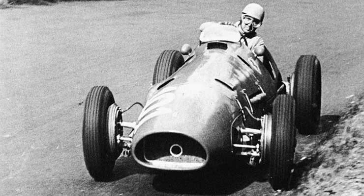 #7 1952: GP di Germania, Ascari trionfa sul circuito del Nurburgring, ed è quasi Campione del Mondo