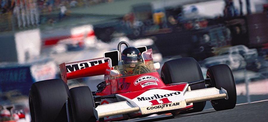 #268 GP di Spagna 1976, trionfa la McLaren con James Hunt, Lauda è secondo ma infortunato