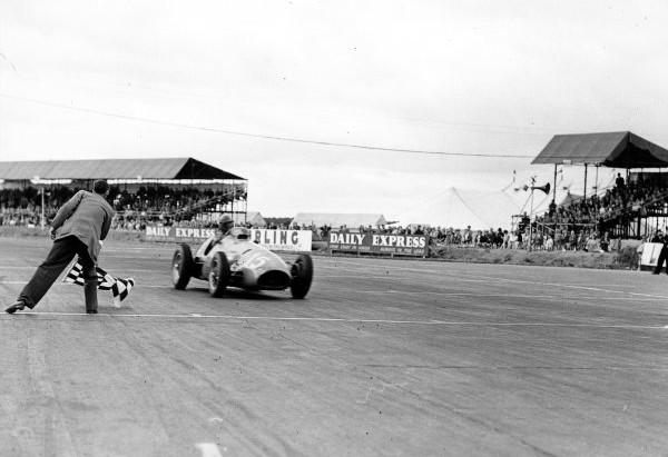 #20 GP di Gran Bretagna 1952, vince ancora Ascari, ma il campionato inizia ad annoiare il pubblico