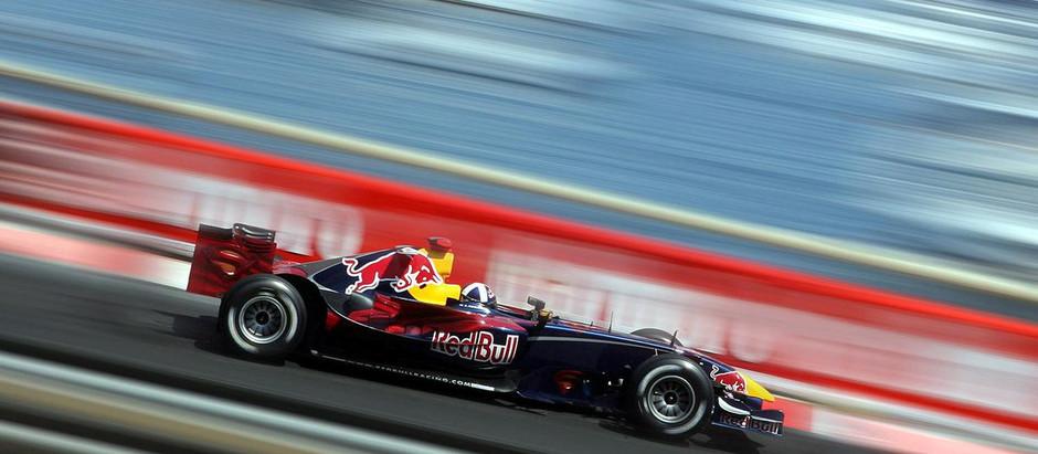 Red Bull RB2, la secondogenita del team anglo-austriaco