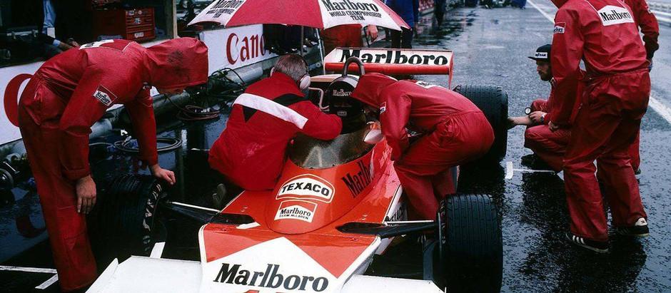 #280 GP del Giappone 1976, Niki Lauda si ritira spontaneamente, James Hunt è Campione del Mondo