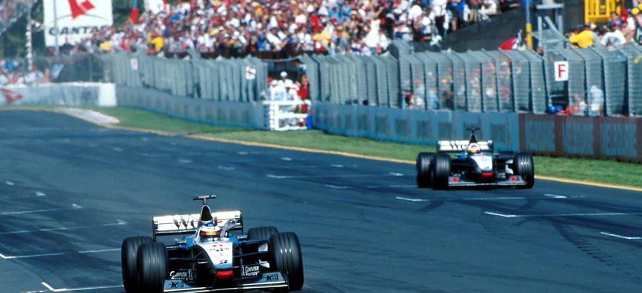 #615 GP d'Australia 1998, Hakkinen e la McLaren dominano, Schumacher si ritira col motore rotto