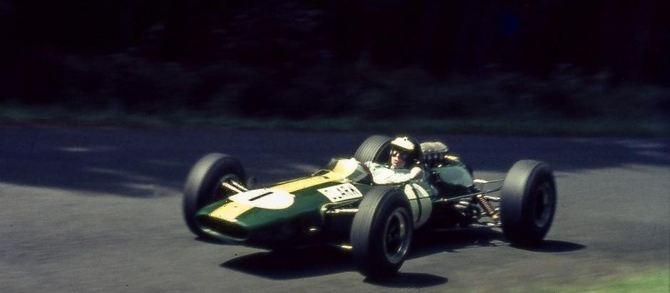 Lotus 33, naturale evoluzione della vincente Lotus 25