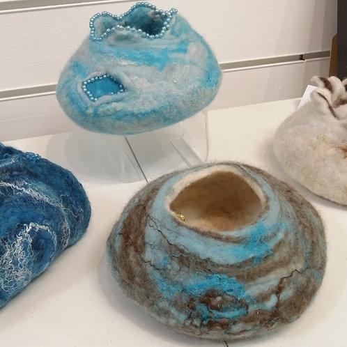 Make a wet felt bowl with Sarah Thom ST013