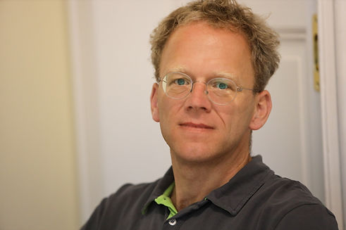 Dr. Guido Schmiemann