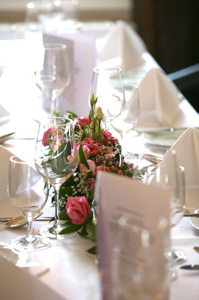 Fotografie, Pades Restaurant, gedeckter Tisch, Catering, Werbeagentur r2 Ravenstein, Verden