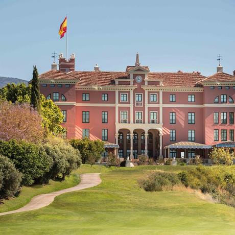 LRPR now representing Anantara Villa Padierna Palace, Marbella