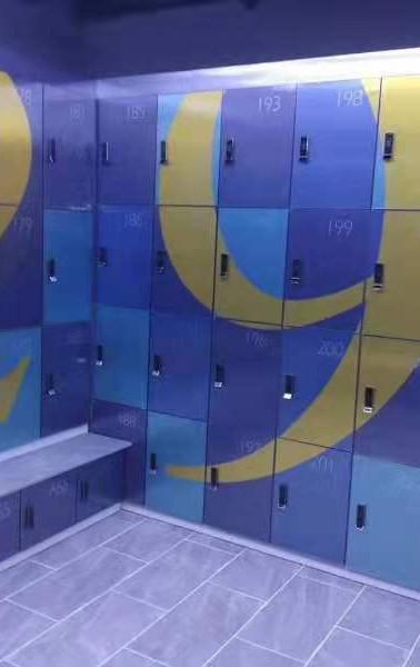 Locker10