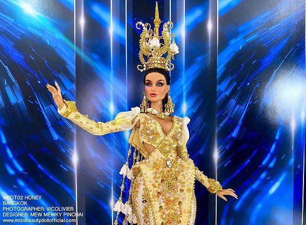 Thai National Costume_210606_3.jpg