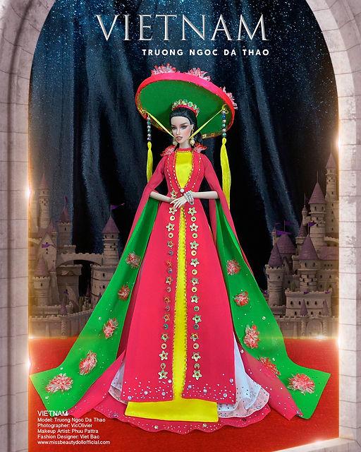Spanish Folklore Fashion Gala_๒๑๐๒๐๑_70.