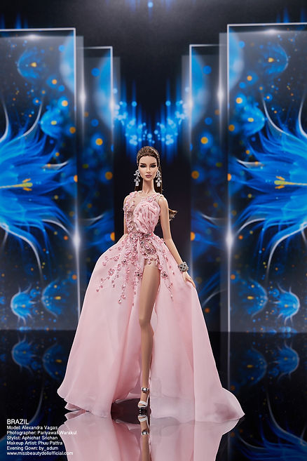 Preliminary Evening Gown_๒๐๑๒๒๒_13.jpg