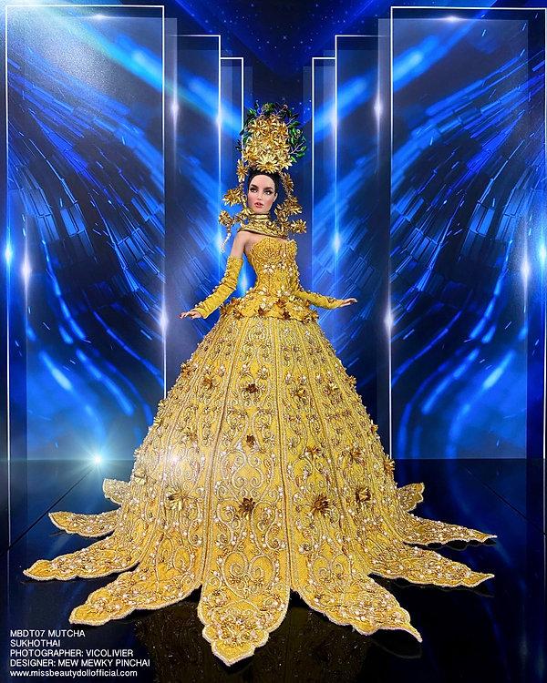 Thai National Costume_210606_12.jpg