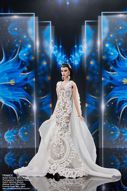 Preliminary Evening Gown_๒๐๑๒๒๒_23.jpg
