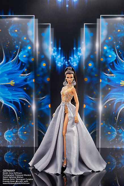 Preliminary Evening Gown_๒๐๑๒๒๒_25.jpg
