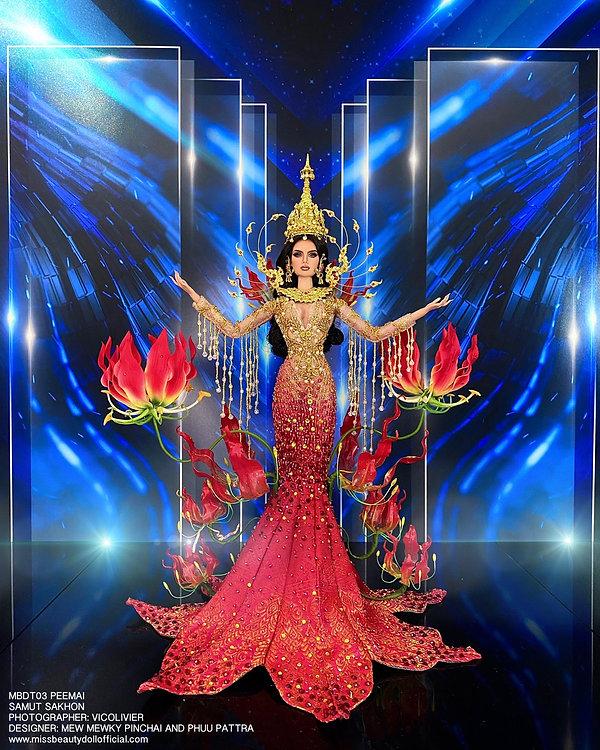Thai National Costume_210606_4.jpg