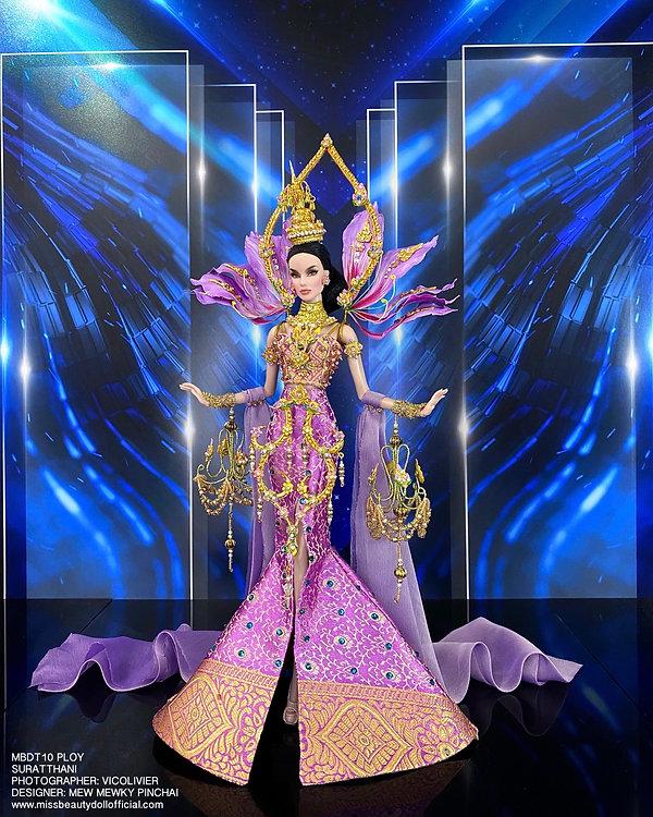 Thai National Costume_210606_18.jpg
