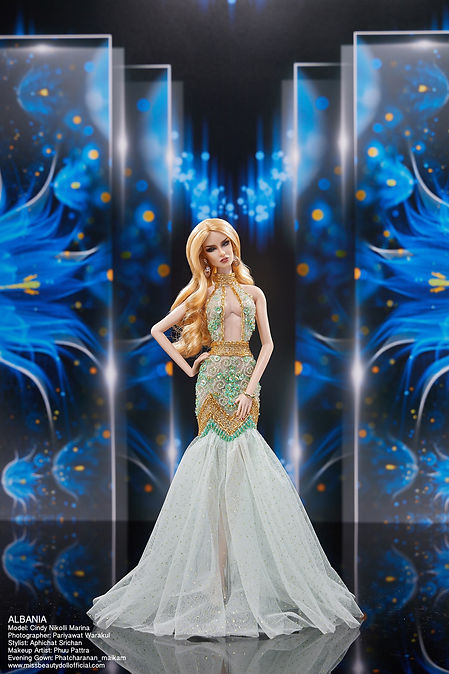 Preliminary Evening Gown_๒๐๑๒๒๒_3.jpg