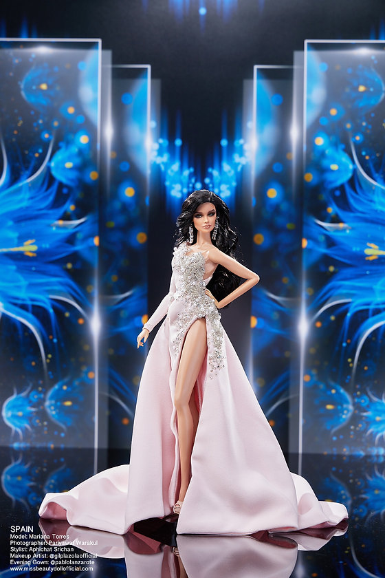 Preliminary Evening Gown_๒๐๑๒๒๒_61.jpg