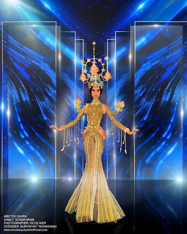 Thai National Costume_210606_8.jpg