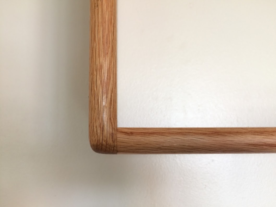 Shelf corner detail