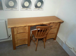 Solid Oak Dressing Table with Drawers