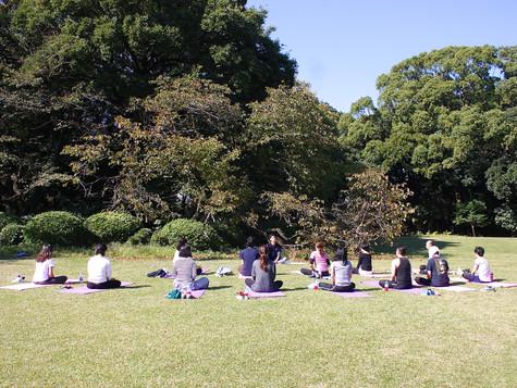 2018.10 Yoga Event at Shinjuku Gyoen Park