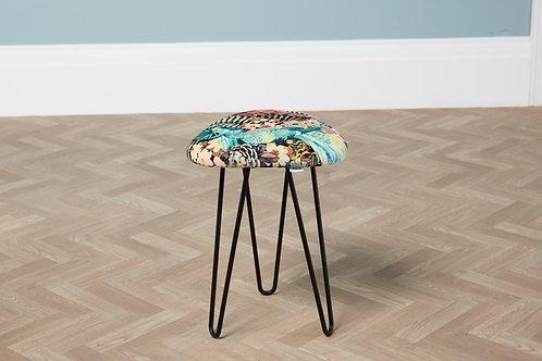 maus tall hairpin stool
