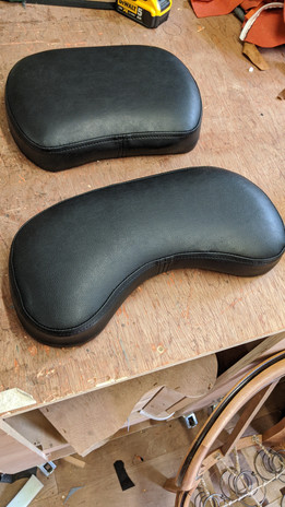 Replacement vinyl pads for physiotherapy table