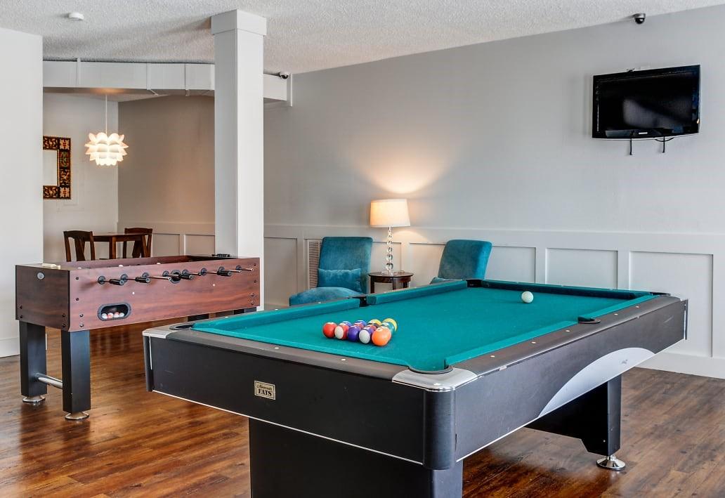Social Room pool table