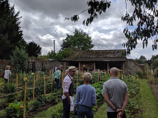 2019 - Make the most of the Gardens and Studio we said......
