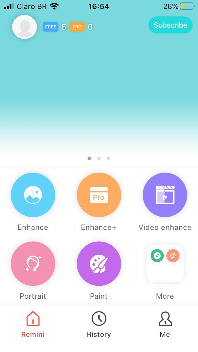 Página do aplicativo Remini para recuperação de foco e nitidez da fotografia.