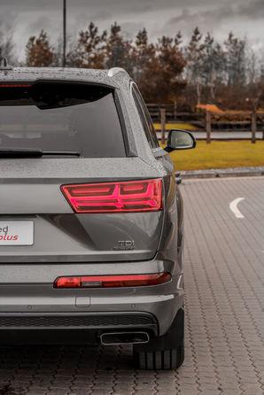 Audi Q7 12.jpg