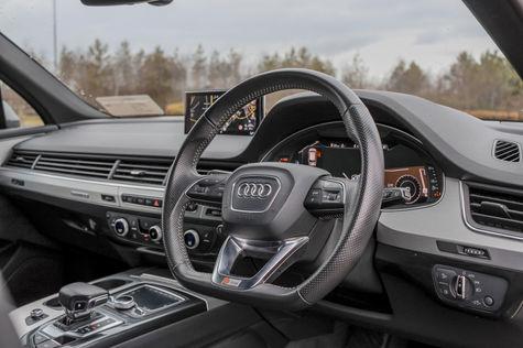 Audi Q7 18.jpg