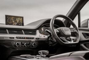 Audi Q7 25.jpg