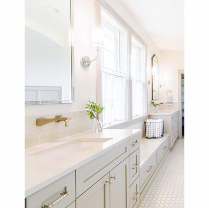Master bathroom6.jpg