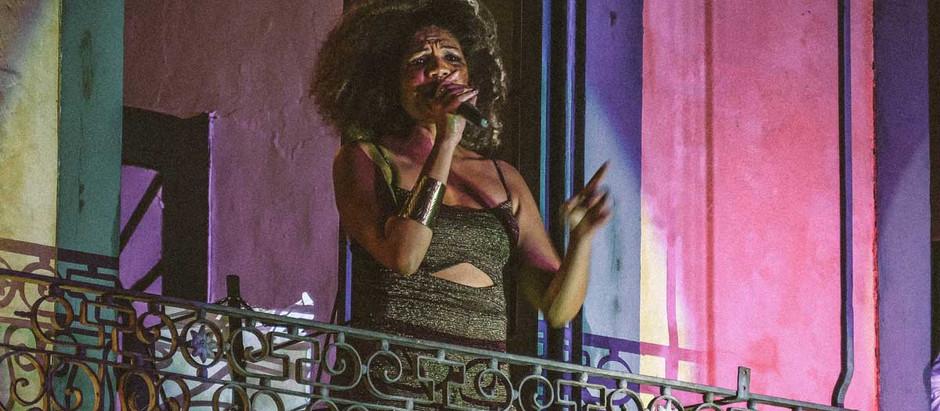 Luciana Oliveira na abertura da Casa Brasileira