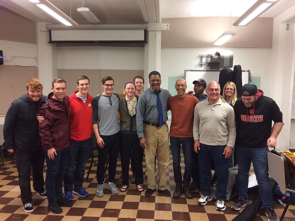Turma da Universidade de Ohio, nos Estados Unidos, se encantou com o professor  brasileiro.